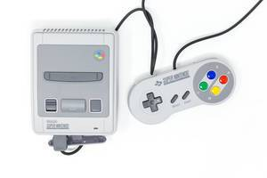 Das Super Nintendo Classic Mini Entertainment System