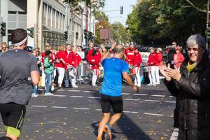 Daumen hoch – Köln Marathon 2017