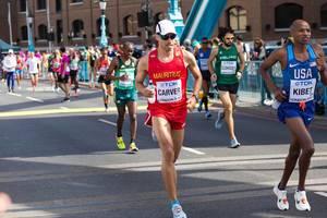 David Carver, Elkanah Kibet und weitere Läufer (Marathon Finale) bei den IAAF Leichtathletik-Weltmeisterschaften 2017 in London