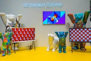 """Der Berliner Bär als Wahrzeichen, mit dem Wortspiel: """"Ick bin ein Bärliner"""""""