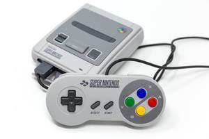 Der Controller des Super Nintendo Classic Mini