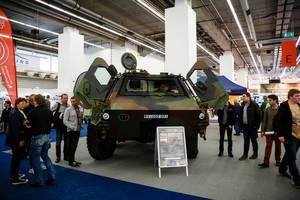 Der geschützte Transportpanzer FUCHS für den vielseitigen Einsatz bei der IAA 2017