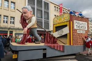 Der Wagen zum Thema Pitters letzter Tanz im Millowitsch Theater - Kölner Karneval 2018