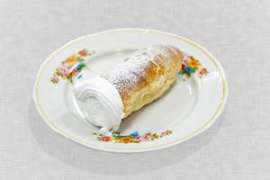 "Dessert  ""Sweet  cream tube"""