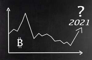 Diagramm hinterfragt Marktwert der Kryptowährung Bitcoin in 2021 vor schwarzem Hintergrund