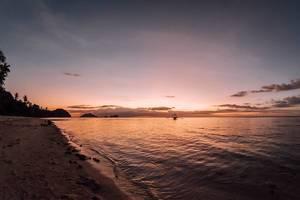 Die Sonne verschwindet im Ozean vor Punta Bulata