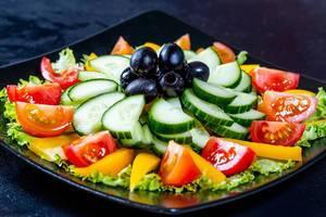 Diet fresh salad with vegetables