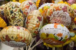 Different Happy Thanksgiving balloons