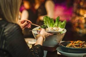 Diner Dish Asorti Picking At Hotel Restaurant (Flip 2019)