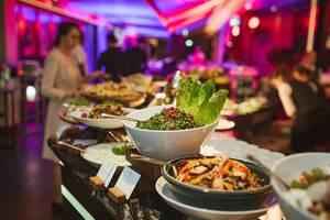 Diner Set With Salad Set In Restaurant (Flip 2019)
