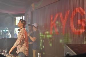 DJ Kygo legt auf - Musikfestival Tomorrowland 2014