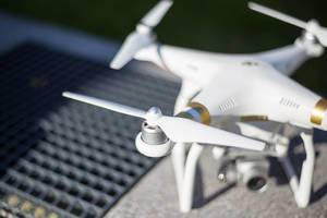 DJI Phantom 3 Professinoal Drone