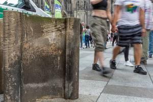 Domsteine sollen rund um den Kölner Dom vor Terror schützen