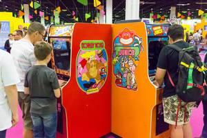 Donkey Kong und Donkey Kong Junior Arcade-Automaten - Gamescom 2017, Köln