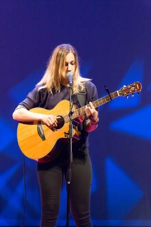 Dutch singer Marit Trienekens at TEDxVenlo 2017