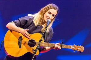 Dutch songwriter Marit Trienekens at TEDxVenlo 2017