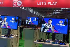 EA: Lets Play