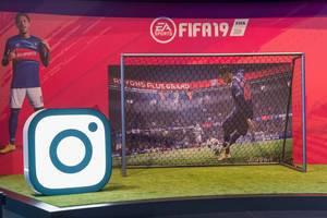 EA Sports FIFA 19 Messestand