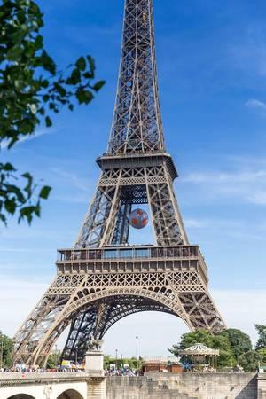 Eiffelturm während der Fußball-EM