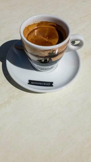 leerer halter f r espresso kaffeemaschine bilder und fotos creative commons 2 0. Black Bedroom Furniture Sets. Home Design Ideas