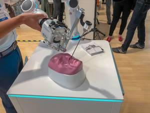Ein Medineering Chirurgie Roboter