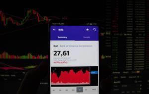 Ein Smartphone zeigt den Bank of America Corporation Marktwert