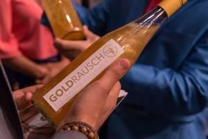 Eine Flasche Goldwasser Goldrausch