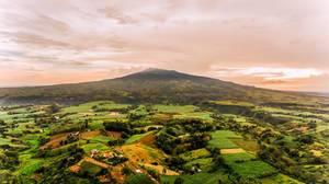 Eine Sicht auf Salvadore Benedicto aus der Luft mit der Drohne aufgenommen