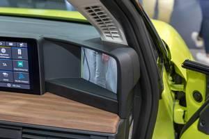 Elektroauto mit Kameras statt Seitenspiegel des Honda-e