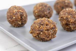 Energy Balls with Walnuts Palm Dates and Sesame