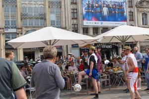 Englische und deutsche Fans in Lille