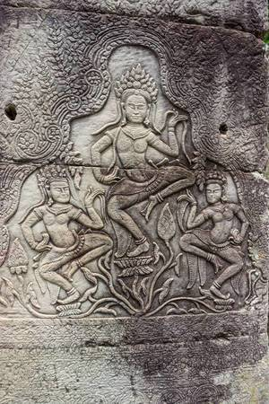 Engraving of Dancing Aspara at Bayon Temple in Siem Reap