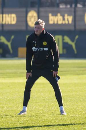Erling Haaland waits for the ball during his first public training with BVB