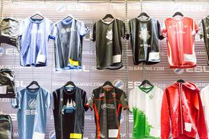 ESL E-Sports Trikots - Gamescom 2017, Köln