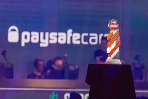 ESL-Meisterschaftspokal für den Sieger in Counter-Strike Global Offensive 2019, wird auf der Gamescom verliehen