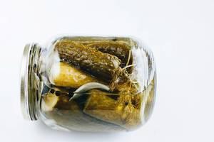 Essiggurken im Glas