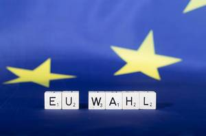 European Union flag with EU Wahl text
