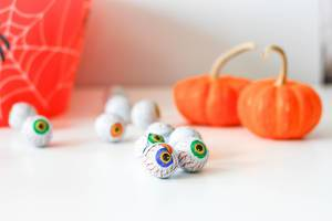 Eyes Shape Halloween Candy