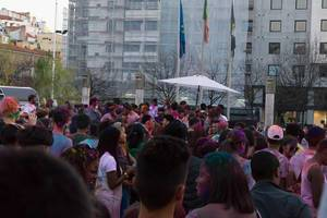 Fest der Farben Holi in Lissabon, Portugal