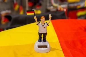 Figur eines Fans der deutschen Fußballnationalmannschaft - IAW Köln 2018