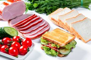 Finished sandwich and components-products for its preparation