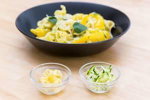 Fiorelli mit Pilzfüllung und Zucchini