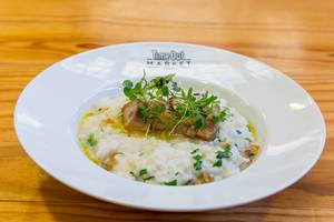 Fisch mit Risotto im Time Out market Lisboa