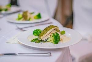 Fish fillet With Brocolli And Sauce  Flip 2019
