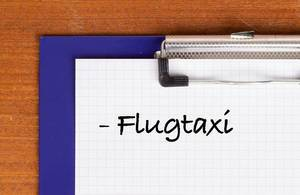 Flugtaxi text on clipboard