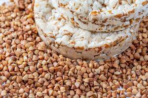 Food for weight loss-dry bread with buckwheat