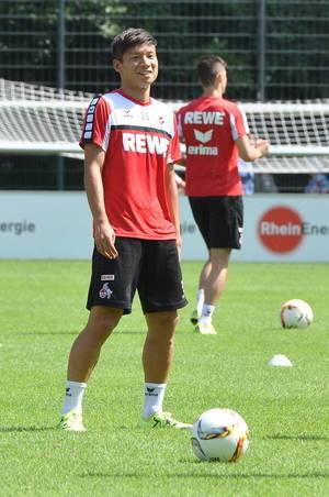 Football player Kazuki Nagasawa during training session