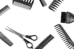 Frame of different hair combs with free space in the middle (Flip 2020)