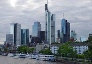 Frankfurt am Main skyline.jpg