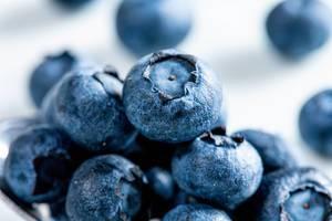 Fresh blueberries closeup (Flip 2019)